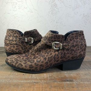 St. John's bay leopard print booties boots 6.5
